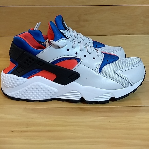 pick up 8f6e4 b50f8 Nike Air Huarache Run Grey Black Coral Wmns Shoe
